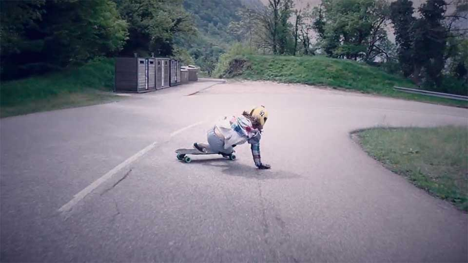 longboard-girls-lead-run3